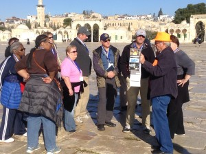 Malcolm giving a short lecture up on Temple Mount...
