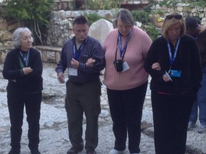 Jean Walker, Rich Gauthier, Joann Williams, and Janetta Green in front of the 'empty' Garden Tomb...